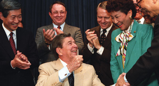 """""""A Mistake"""": Roosevelt, Reagan, and the AmericanApology"""