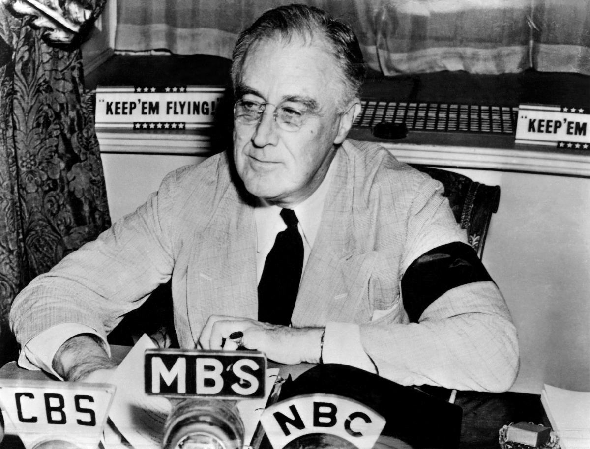 The President and the Radio: FDR's First Fireside Chat