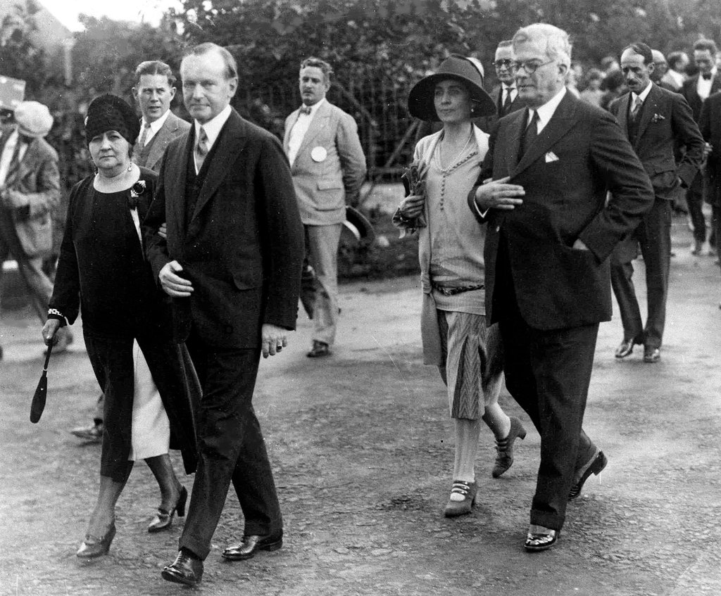 Calvin Coolidge Goes toCuba